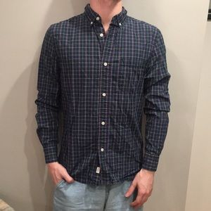 UO Plaid Casual Button Down